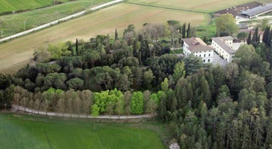 Tenuta Di Fassia: La tenuta è sommersa tra laghi e boschi