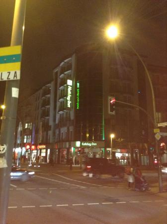 Holiday Inn Berlin City Center East-Prenzlauer Allee: Night