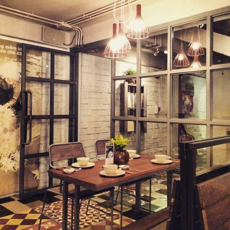Magnolia Kitchen U0026 Cafe: The Environment