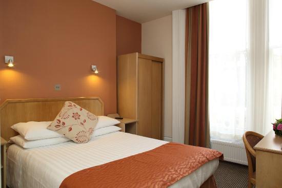 Phoenix Hotel: Double Room