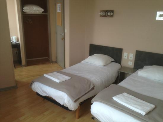 Hotel Le Rochegude : Chambre Twin