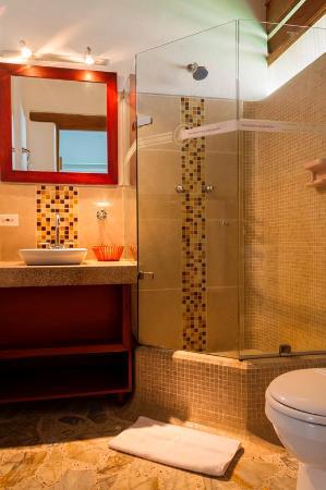 La Campana Hotel Boutique : Baño 1
