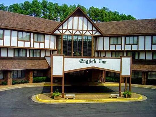 The English Inn of Charlottesville: The English Inn