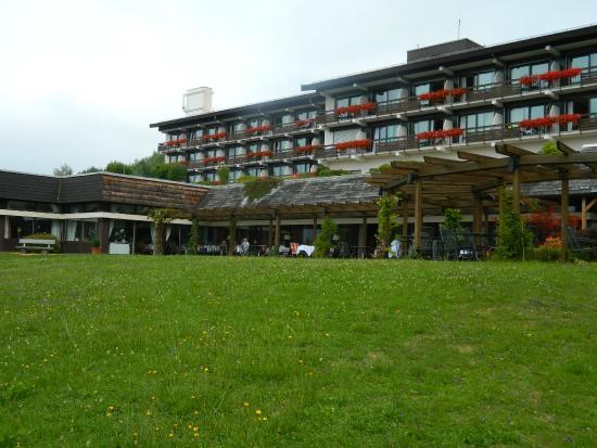 BEST WESTERN Premier Hotel Sonnenhof: Das Hauptgebäude von Aussen