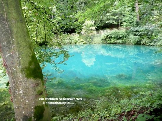 Blaubeuren, Allemagne : Blautopf - Rundweg