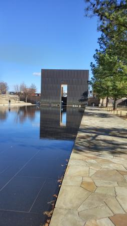 Oklahoma City National Memorial & Museum: monument outside the museum