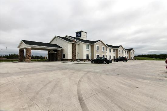 Cobblestone Hotel And Suites Crookston Mn Updated 2018 Reviews Price Comparison Tripadvisor