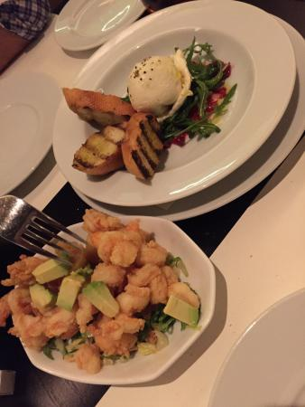 Market by Jean-Georges : Prawn starters, and burata salad.