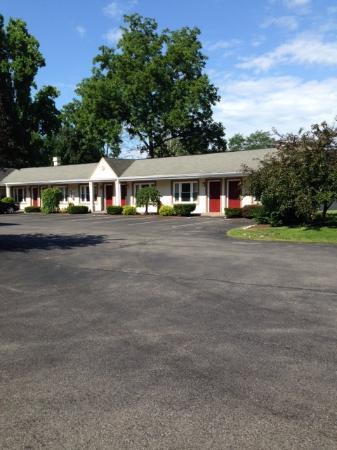 Days Inn Poughkeepsie: Exterior