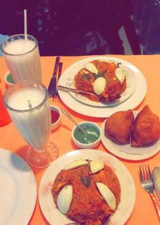 Taj mahal restaurant: ..