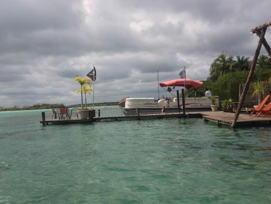 Foto de los aluxes bacalar hotel bacalar structure en for Villas wayak bacalar
