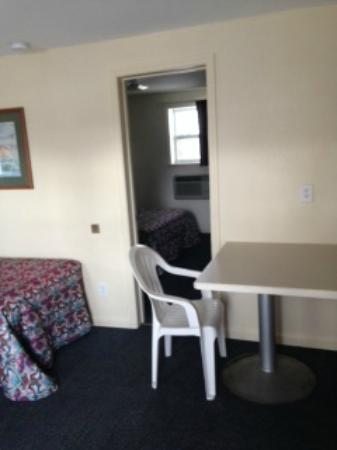 Royal Palm Motel: family suite - sleeps up to 6