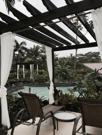 Los Lagos Hot Springs : Vista para a piscina de água termal!!!!!