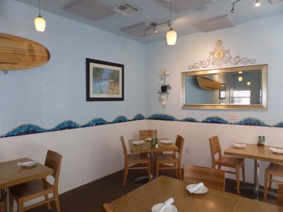 DeAngelo's by the Sea : Inside the Dining Area