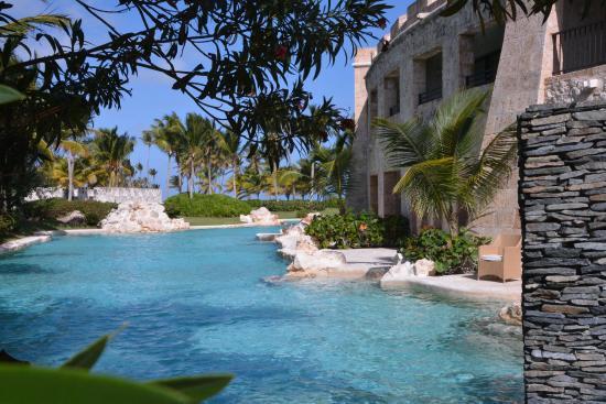 Sanctuary Cap Cana Swim Up Room