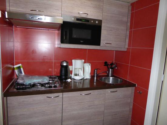 Center Parcs De Huttenheugte: Küchenzeile