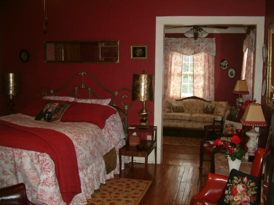 Breeden Inn Bed and Breakfast: The Angelus - The Garden Cottage at Breeden Inn