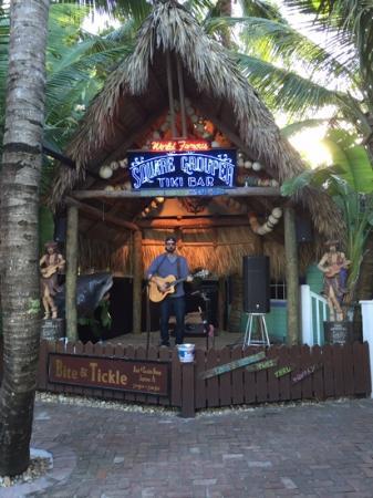 Square Grouper Tiki Bar Jupiter Inlet : LIVE MUSIC
