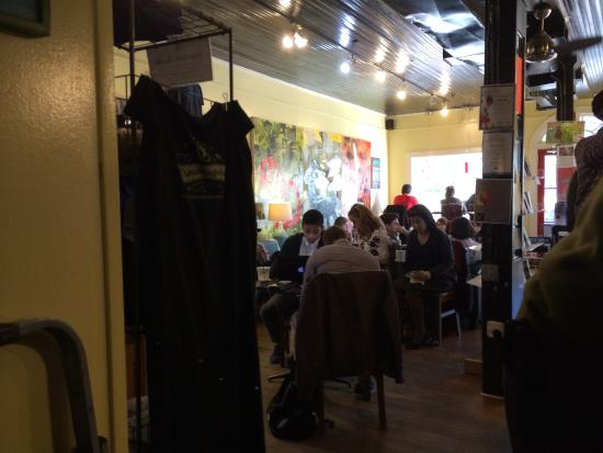 The Dripolator Coffeehouse: Inside on a busy day