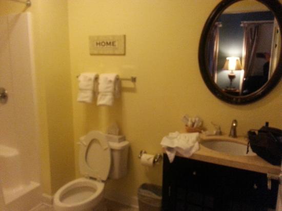 Kilmarnock Inn: Bathroom