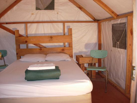 Yosemite Bug Rustic Mountain Resort: Tent Cabin Double