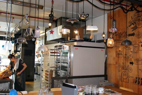 Ponsonby : Funky interiors
