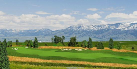 Days Inn & Suites Bozeman: Enjoy any one of six great golf courses in the Bozeman area.