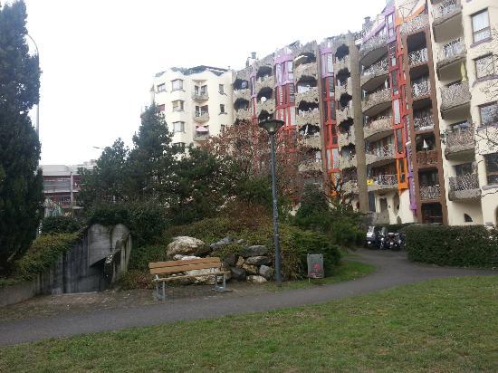 Schtroumph Buildings: Des Grottes