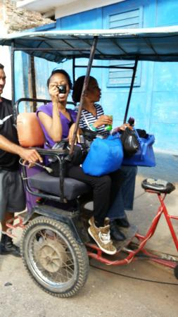 Casa OsmaryAlberto: Bike Taxi to Guest House From Transfer Coach