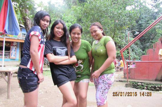 Pandan, Filipinas: girl pic....