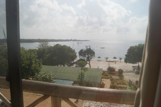Kilwa Pakaya Hotel : My wife and I woke up to this beautiful view