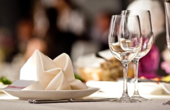 Sedziszow, Pologne : Restauracyjny stół