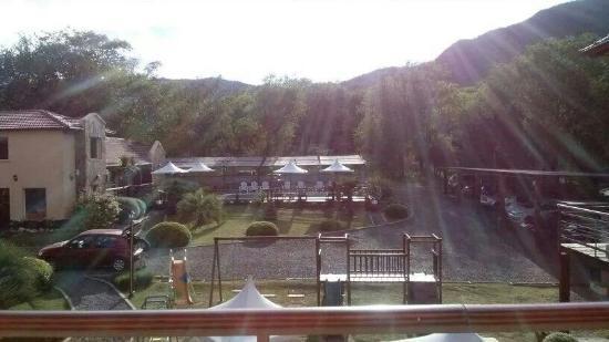 Apart Las Palmeras: Sol desde mi ventana