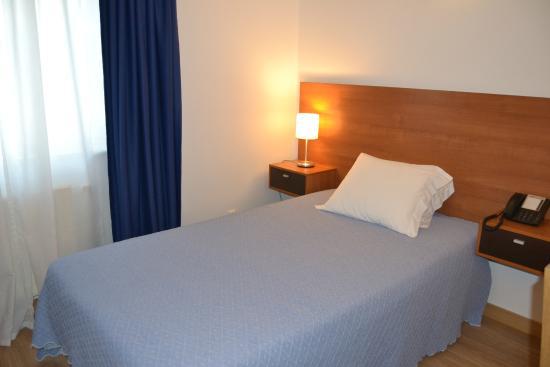 Hotel Camarao: Single Room