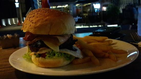Soho Diner: Aussie Burger