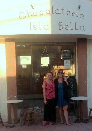 Chocolateria Isla Bella: The wonderful owners of the best chocolate shop I've ever visited!