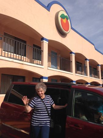 Travelodge Suites East Gate Orange : Travelodge orange em Kissimmee