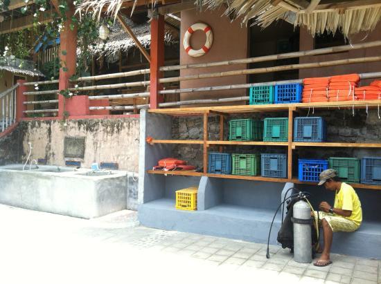 Portulano Dive Resort: Gearing Area