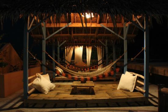 Portulano Dive Resort: Sundeck Cabanas and Hammocks