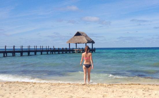 Paradise Beach: Walking into the ocean