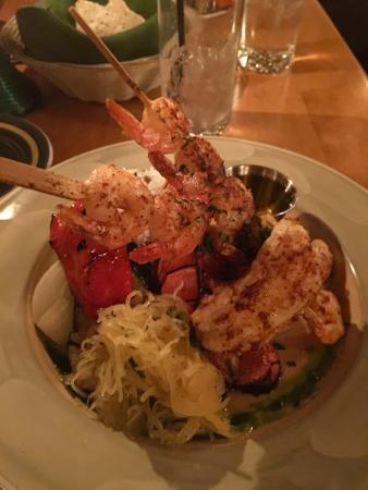 Fiddle River Restaurant: Lobster & Shrimp, with rice and Veggies