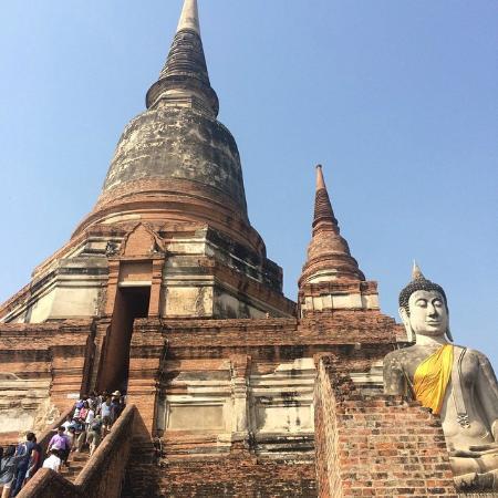 climbing - Foto van Wat Yai Chai Mang Khon, Ayutthaya - TripAdvisor