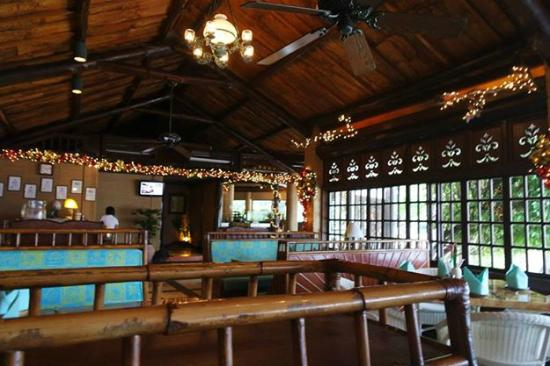 Plantation Bay Resort And Spa: Dining at Fiji Resto