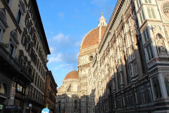 Tourist House Vittorio Ricci : A unos pasos del Duomo.