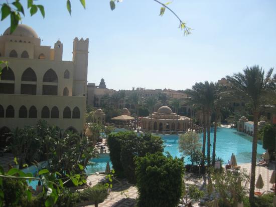 The Makadi Palace Hotel: на террасе