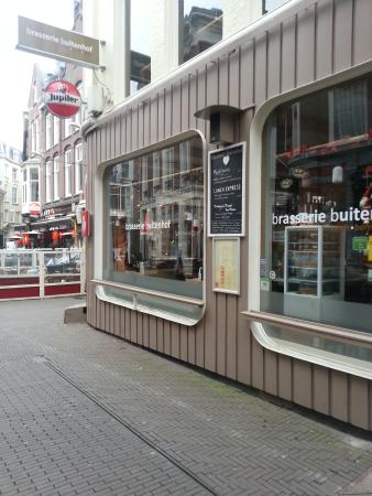 Brasserie Buitenhof : вид с улицы