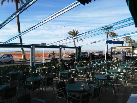 Bocatas: bonita terraza