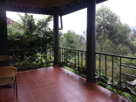 Nyungwe Top View Hill Hotel : From the balcony