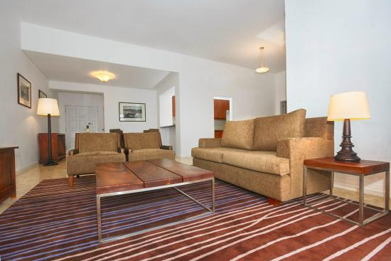 Hilton Colombo Residence : Living Area - 2 Bedroom Executive Suite
