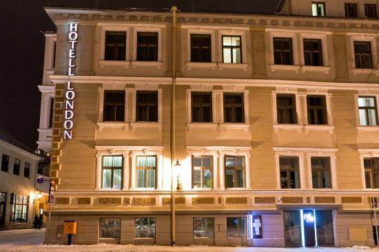 Отель London